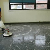 Cleaning Vinyl Floors – Floor Finish (Wax) Stripping Procedures – Commercial