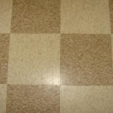 Cleaning Vinyl Floor – Burnishing for Glossy Floors
